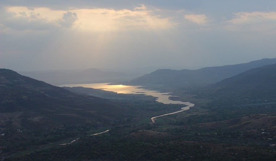 Experience The Beauty of Mahabaleshwar With 30% Discount